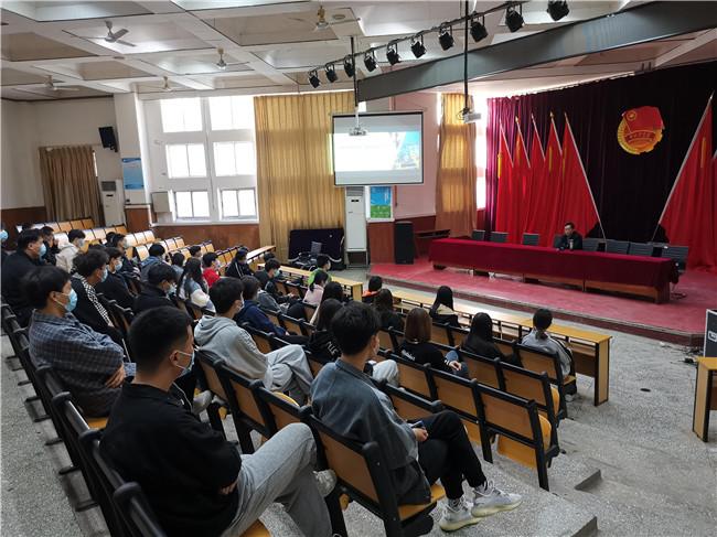 聚焦双创活动周,助推双创新发展 ——济源职业技术学院举办创新创业教育系列活动